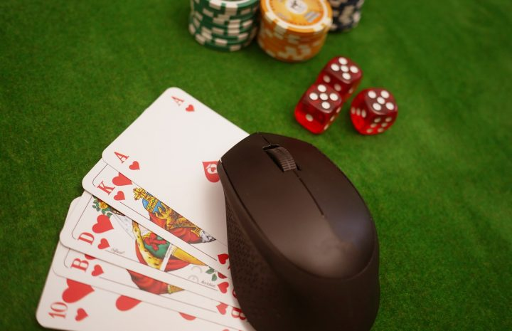 Play & Win At The Best Online Casinos!